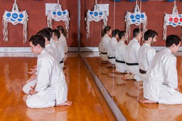 http://www.centresportifdelapetitebourgogne.ca/iw-courses/karate-2/