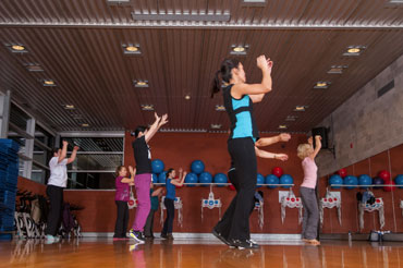 http://www.centresportifdelapetitebourgogne.ca/iw-courses/strong-by-zumba/